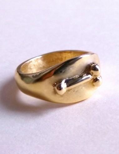 Phalic amulet ring