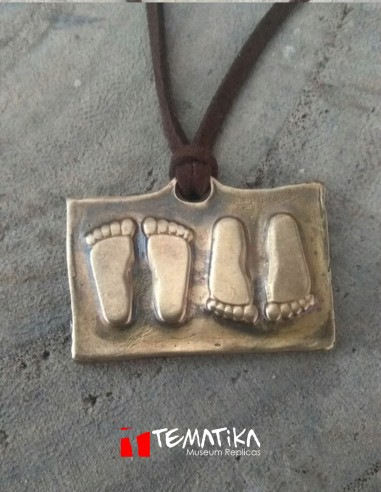 Amuleto Vestigia pedis